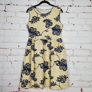 Esley Tea Time Dress (Size M)